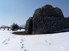 old shepherd's shelter, Plateau de Caussols