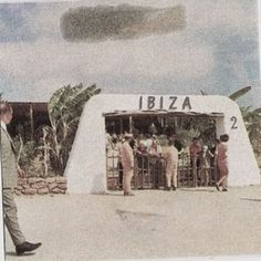 Great pic of the arrivals at Ibiza airport in Ibiza Clubs, Ibiza Formentera, Ibiza Beach, Ibiza Trip, Ibiza Fashion, Paradise On Earth, Hippie Life, Balearic Islands, Great Pic