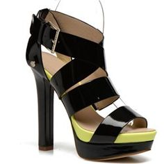 Sandali e scarpe aperte Versace
