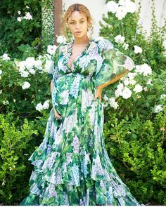 #CelebrityStyle  #Beyonce @beyonce in #DolceandGabbana #beauty #style #chic #glam #haute #couture #design #luxury #lifestyle #prive #moda #instafashion #Instastyle #instabeauty #instaglam #fashionista #instalike #streetstyle #fashion #photo #ootd #model #blogger #photography