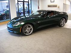 Chevrolet Corvette Stingray, Perfect color combination: Hunter Green (not British Racing Green) and Tan Interior
