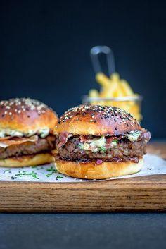 Blue cheese burgers on light brioche buns with crispy pancetta and onion chutney | supergolden bakes