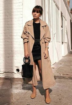 Cute Fall Outfits: How to Dress With the Latest… - Trench Coat Outfit Source by sabrinafelizitas - Trench Coat Outfit, Burberry Trench Coat, Coat Dress, Women's Trench Coats, Winter Trench Coat, Camel Coat, Trenchcoat Style, Beige Trenchcoat, Coats