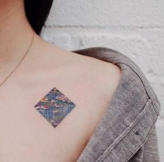 10 Minimalist Tattoo Designs For Your First Tattoo - Spat Starctic Subtle Tattoos, Unique Tattoos, Beautiful Tattoos, Cool Tattoos, Awesome Tattoos, Dream Tattoos, Tatoos, Creative Tattoos, Art Tattoos
