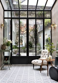 Paris Diaries : Hotel Henriette - Only Deco Love - Diy-gartenideens Decor, House Design, Glass House, House, Interior, House Inspiration, House Interior, Home Deco, Home Interior Design