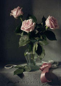 35PHOTO - Карачкова Татьяна - Three roses in the moonlight