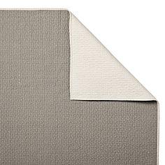 Pewter Lodge Quilt & Sham #serenaandlily.  Couverture pour recouvrir les sofas du salon ou du ss-sol...