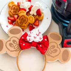 Strawberry Waffles, Mickey Ears, Mouse Ears, Desserts, Food, Tailgate Desserts, Deserts, Essen, Postres