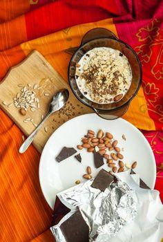 Keto for Upgraded Health Chia Seed Overnight Oats, Basic Overnight Oats Recipe, Peanut Butter Overnight Oats, Peanut Butter Banana, Oats Recipes, Dessert Recipes, Desserts, Dessert Food, Low Carb Oatmeal