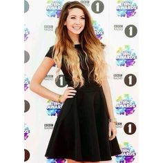 Zoella at BBC Radio 1's Teen Awards Twitter We Heart It ❤ liked on Polyvore featuring youtubers, zoella and zoe sugg