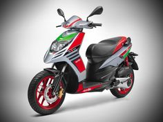Aprilia SR150 RACE launched in India; Priced at Rs 70,288/-