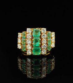Art Deco 3.32Ct emerald and diamond rare ring