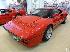 #Ferrari #288 #GTO vue au salon Techno Classica de Essen. Photo issue de l'article : Techno Classica Essen 2015 par News d'Anciennes visible ici : http://newsdanciennes.com/2015/04/20/grand-format-news-danciennes-au-techno-classica-essen/ #Classiccar #Oldtimer #TechnoClassica