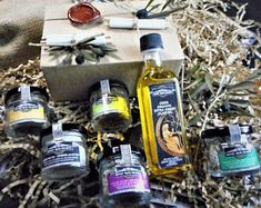 Gift set Olive Oil and Seasoning Blend - Greek Favors - Gourmet Gift Set-Olive Oil and Greek natural salt with herbs and spices & Soap Melting In The Mouth, Natural Salt, Roasted Meat, Gourmet Gifts, Organic Herbs, Greek Recipes, No Cook Meals, Olive Oil, Soap