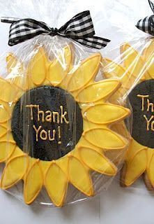 very cute sunflower cookies for  favors