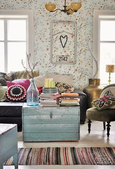 DIY Home Decor - Superb yet vibrant decor tips. Nice styling id stored under quirky home decor ideas creative colour catergory as well produced on this moment 20190104 Living Room Inspiration, Interior Inspiration, Diy Home Decor, Room Decor, Piece A Vivre, Interior Decorating, Interior Design, Cozy House, Home And Living