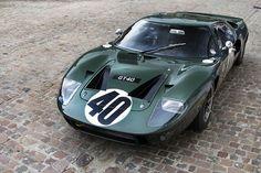#Ford #GT40, un clásico de los #deportivos   #superdeportivos #classiccars