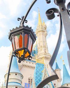 What a creative perspective on Cinderella's Castle in Magic Kingdom!  #Regram via @caitlinsdisneyside  Walt Disney World I Disney Pictures I Beautiful Disney I Pictures of Disney