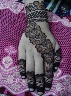 here you find out such beautiful Full Hand Mehndi Designs, Stylish Mehndi Designs, Mehndi Designs 2018, Mehndi Designs For Beginners, Mehndi Designs For Girls, Bridal Henna Designs, Mehndi Designs For Fingers, Dulhan Mehndi Designs, Henna Tattoo Designs