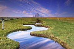 The magical and whimsical landscape of Mont Saint-Michel island in France. - 9GAG