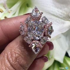 Nirav Modi. Via TheDiamondsGirl (@the_diamonds_girl) WHEN A CUSHION IS NOT JUST A CUSHION!! Diamond Girl, Diamond Heart, Diamond Rings, Diamond Jewelry, Heart Ring, Women Jewelry, Fine Jewelry, Jewelry Branding, Crystal Rhinestone