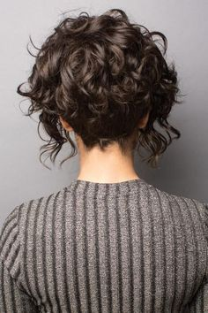 Sonoma Wig Rene of Paris Wigs Canada – Wig Shop Hair Beauty Canada Layered Curly Hair, Curly Hair Cuts, Short Hair Cuts, Curly Hair Styles, Natural Hair Styles, Short Curly Bob, 3c Hair, Medium Curly, Short Curly Hairstyles For Women