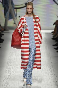 Max Mara SS16 fashion week show - Image 17