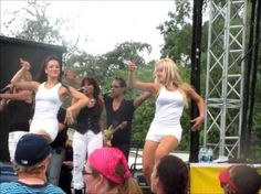 Ednita Nazario performing at Busch Gardens' Viva La Música - see video clip