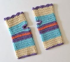 my world of wool: tutorial how to make crochet fingerless mitts