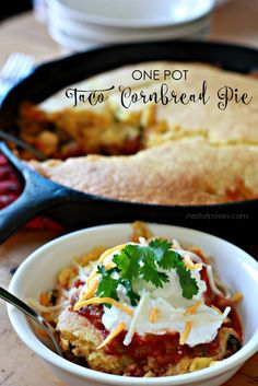 This Pot Taco Cornbread Pie Recipe Skillets, Dutch and Cast iron skillet is a best for our dinner made with wholesome ingredients! Cast Iron Skillet Cooking, Iron Skillet Recipes, Cast Iron Recipes, Skillet Meals, Mexican Food Recipes, Beef Recipes, Dinner Recipes, Cooking Recipes, Ethnic Recipes