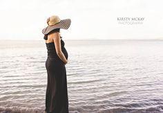 Stylish Beach Maternity Session: Auckland Maternity Photographer » Auckland Portrait and Lifestyle Photographer