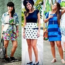 vestido e tenis