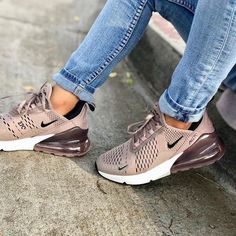 competitive price 6e1b0 2d3ef A really nice summer sneaker for women! You can see the Nike Air Max 270 g .