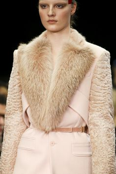 Givenchy Fall 2014 RTW - Details - Fashion Week - Runway, Fashion Shows and Collections - Vogue