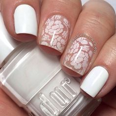 White flower nail art ===== Look here for nail art supplies https://www.etsy.com/shop/LaPalomaBoutique