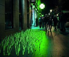 Mutant Weed, Madrid http://www.muuuz.com/2012/04/03/luzinterruptus-mutant-weeds/