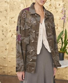 This unique piece is classic Burning Torch, using vintage military fabric and patch embellishment. Military Style Coats, Military Jacket, Diy Fashion, Autumn Fashion, Beaded Jacket, Camo Jacket, Recycled Fashion, Military Fashion, Refashion