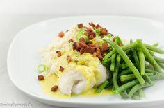 LCHF torsk med karrysauce og blomkålsris Lchf, Fish Dishes, Fish Recipes, Green Beans, Potato Salad, Seafood, Food And Drink, Bacon, Rice