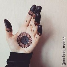 Nice n simple Mehndi design Henna Hand Designs, Mehndi Designs Finger, Palm Mehndi Design, Mehndi Designs For Girls, Mehndi Designs For Beginners, Modern Mehndi Designs, Mehndi Design Photos, Mehndi Designs For Fingers, Beautiful Henna Designs