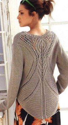 Classic gray-brown pullover with a V-neck and very impressive back, from Lana Grossa. Knitting needles You will need: 500 g of gray-brown yarn Vogue Knitting, Lace Knitting, Knit Crochet, Knit Art, Mode Inspiration, Knitting Designs, Crochet Clothes, Knitting Patterns, Sweaters For Women
