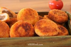 Potato and meat patties - This is a wonderful recipe! Jewish Recipes, Meat Recipes, Potato Patties, Mashed Sweet Potatoes, Ground Beef, Food To Make, Fries, Appetizers, Jewish Food