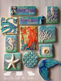 Under the sea cookies. Decorated cookies, using molds and white fondant then hand painting details. Seashell Crafts, Beach Crafts, Diy And Crafts, Arts And Crafts, Kintsugi, Shell Art, Mermaid Art, Beach Art, Beach Themes