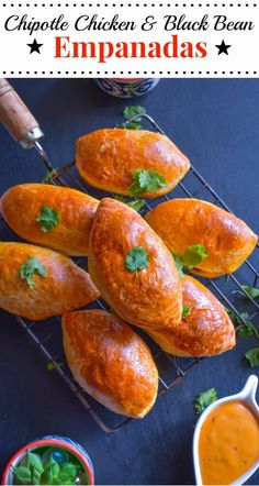 [msg 4 21+] Chipotle Chicken & Black Bean Empanadas : #CervezaCelebration #CollectiveBias #ad #empanadas #cincodemayo