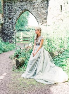 Photography: Darcy Benincosa - www.slcutahweddingphotography.com  Read More: http://www.stylemepretty.com/2014/01/31/romantic-grey-gold-wedding-inspiration/