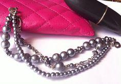 Pulsera gris de perlas de 3 hilos bracelet gray by Sagata.Joyeria diseños únicos