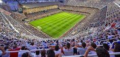 Soccer Stadium, Football Stadiums, Valencia, European Football, Baseball Field, Dolores Park, Humor, Travel, Temples