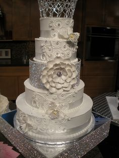 like the tier seporation, not the cake itself......