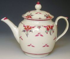 New Hall Tea Pot, Pattern 121, c 1785-7