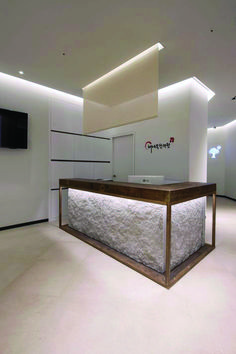 Find reception desk exhibition that look beautiful
