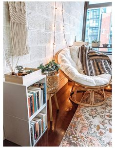 Bedroom Inspiration Cozy, Bedroom Inspo, Bedroom Decor Boho, Bohemian Room Decor, Vintage Bedroom Decor, Bohemian Bedroom Design, Bedroom Designs, Vintage Decor, Room Ideas Bedroom